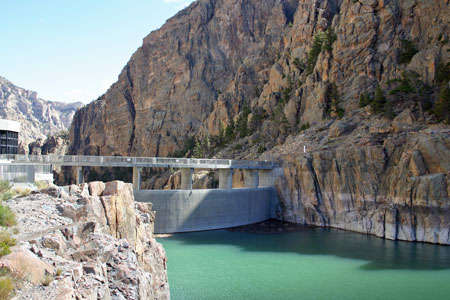 Buffalo Bill Cody Dam